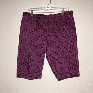 Laundry by Shelli Segal shorts, size 10